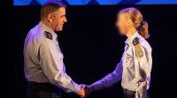 דיבור נשי, מבזקים, סרוגות היסטוריה בחיל האוויר: מפקדת לטייסת טיסה
