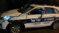 חדשות, חדשות בארץ, מבזקים שיכור סטה מהנתיב והתנגש בניידת, 2 השוטרים נפצעו