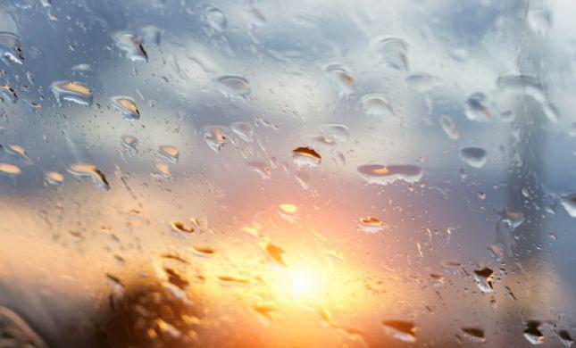 הטמפרטורות צונחות; הגשם חוזר: תחזית מזג האוויר
