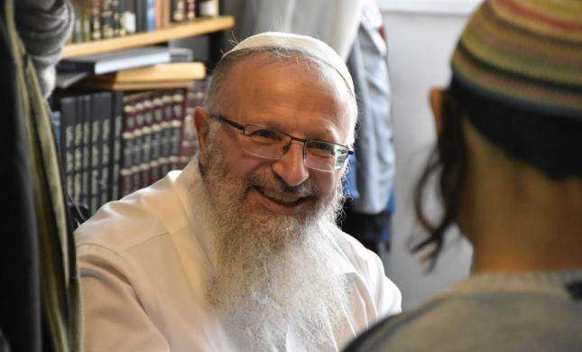 """ברב אליהו או בביהמ""""ש? במי הרבנים באמת תמכו"""