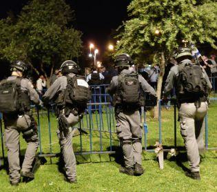 חדשות, מבזקים, משפט ופלילים עימותים אלימים סביב שער שכם בירושלים