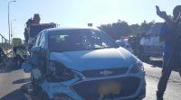 חדשות בריאות, חינוך ובריאות מחבלים יידו אבן לרכב ישראלי, בן 43 נפגע בפניו