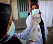 """חדשות, חדשות פוליטי מדיני, מבזקים הממשלה אישרה: עודפי החיסונים יועברו לרש""""פ"""