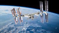 """חדשות בעולם, מבזקים צפו: הצוות האזרחי הראשון שטס לחלל שב לכדוה""""א"""